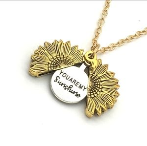 You are my sunshine 🌞 sunflower necklace